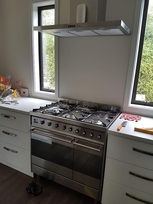 plumbing cooker installation 1
